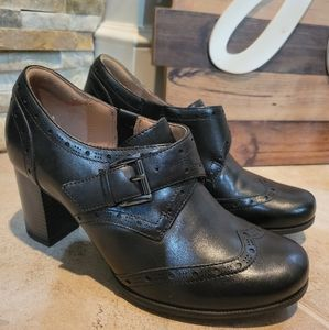 Clark's  Artisan Black Leather Heeled Ankle Bootie